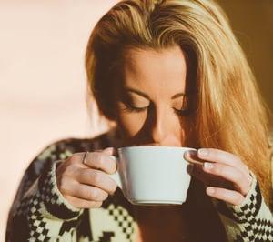 woman-coffee-cup